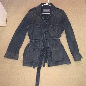 XL gap jean jacket